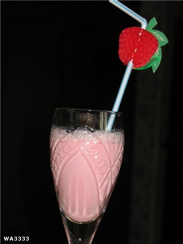 А у меня любимый безалкогольный коктейльчик: любой сок+молоко+капелька меда Ничего, если я фотки по... - 2