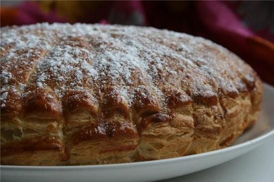 """этот пирог от Мишель слова автора,фото мои Пирог """"Pithiviers"""" Для слоёного теста: 350 г муки 350 г..."""