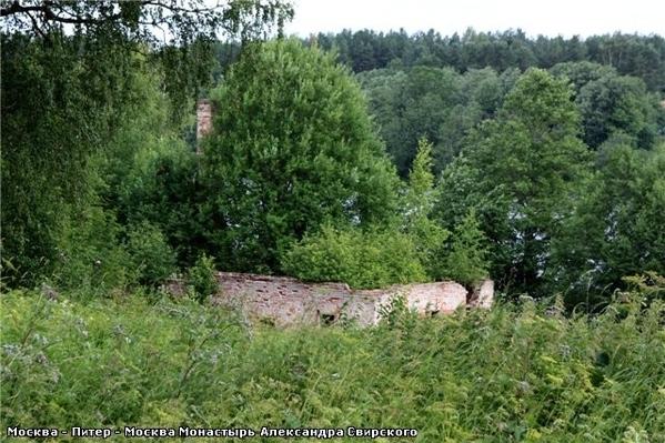 А вот такое там небо … Рощинское озеро Развалины монастырской пекарни, которая, кстати, снабжала хл... - 6