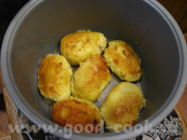 Зразы картофельные с начинкой из замороженного фарша и сыра Получилось так, что фарш не разморозилс... - 4
