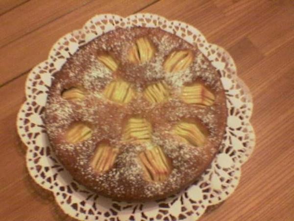 Сегодня макароны и салад из рывы,а на десерт пирог с яблоками - 2