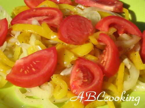А у нас были Чаудер с кукурузой Салат из перца ( венгерская кухня) Ленивые голубцы от Айн - 2