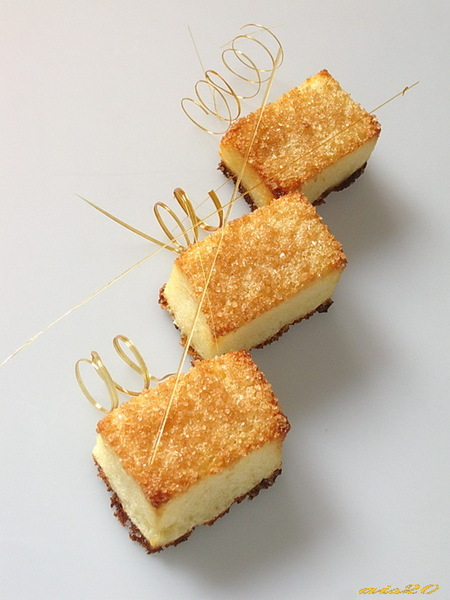 Итальянские карамельные пирожные