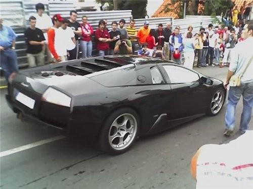 """Чёрный автомобиль - это """"Ламборджини"""" - 2"""