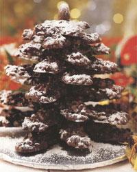 ОТСЮДА Шоколадная елочка к Новому году 500 г темного шоколада, 250 г жареных лесных орехов (кешью),...