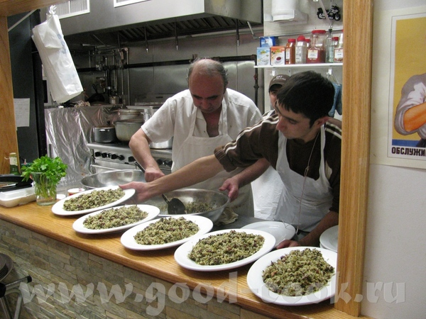Девы, приткну пару фоток ишшо: Мы с Дианкой в ресторане: А это бухарский зеленый плов БАХШ сейчас б... - 2