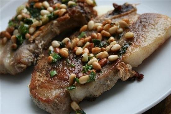 Свиная вырезка, тушенная с яблоками свинина с кедровыми орешками свинина,тушеная с капустой - 2