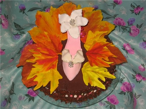 Ну раз юбилейная тема, выставлю два тортика - 2