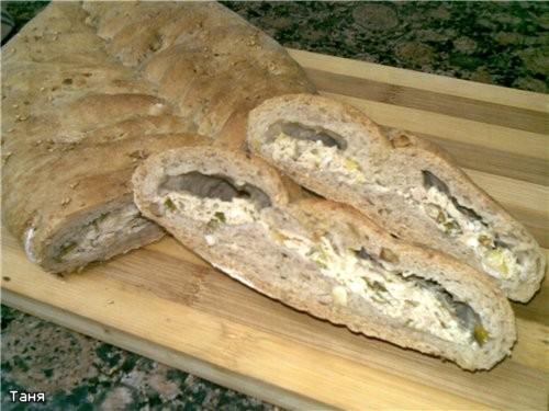 Пирог-хлеб с тунцом Пирожки треугольники с тыквой и шпинатом Гнездышки из слоенного теста с мясом и... - 2