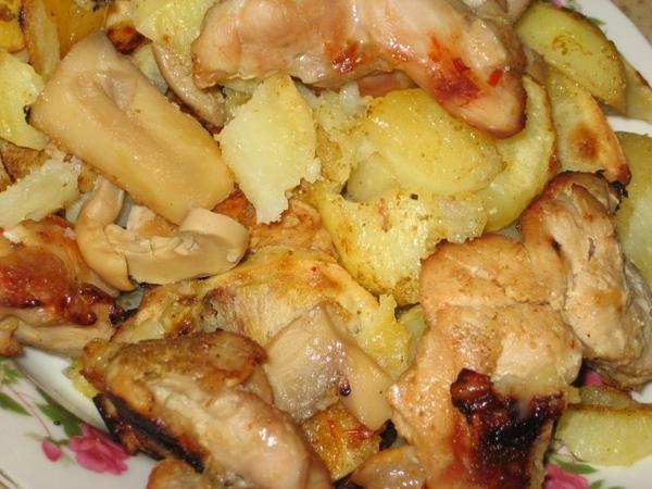 Индюшка с картошкой и грибами под соусом чили - 2