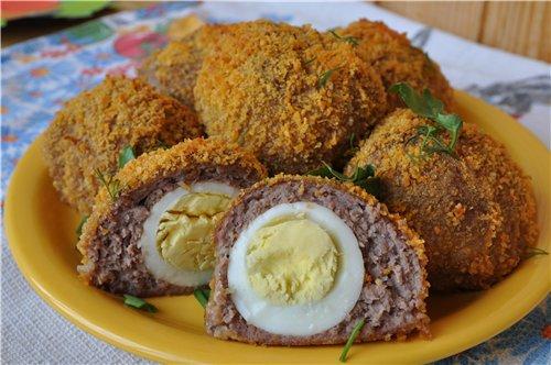 Яйца в мясном фарше