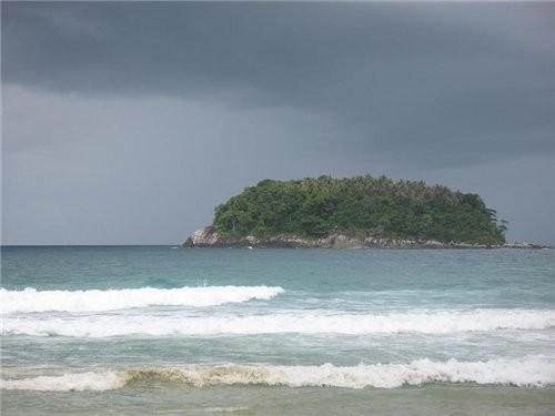 мы катались на скутере вокруг этого острова Пу,что в переводе означает краб - 2