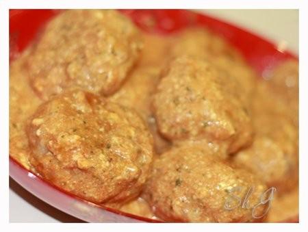 Ежики в сливочно-томатном соусе фарш 500 гр
