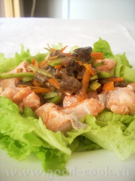 сытный салат, если готовить порции побольше- достойный ужин