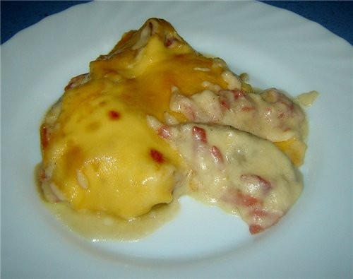Berenjenas con bechamel Баклажаны запеченые под соусом бешамель На 2 порции: 1 баклажан Сыр - 80-10...