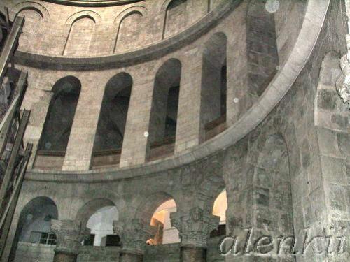 Коптская часовня сзади Святого Гроба Господня - 2