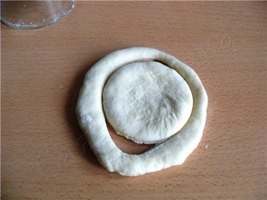 тесто беру свое которое мне нравится и с которого пеку Сдобные булочки раскатать тесто лепешечкой т... - 4