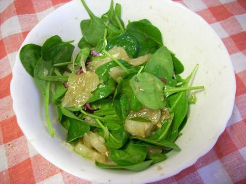 простенький салат, хороший гарнир к рыбе или курице