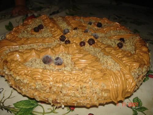 Очень стыдно было такую кривульку дарить, но имеиница была рада Это мой самый первый торт с мармышк... - 4
