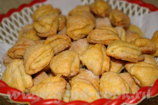 Творожное печенье из детства 3 стакана муки 300 гр маргарина 250 гр творога 1 ч