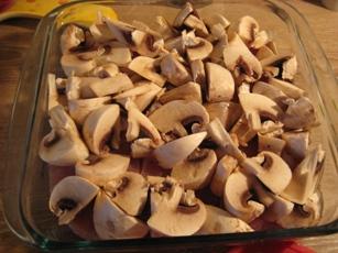 Филе индейки с шампиньонами в сметанно-горчичном соусе Филе индейки порезать кусочками 1-1,5 см тол... - 2