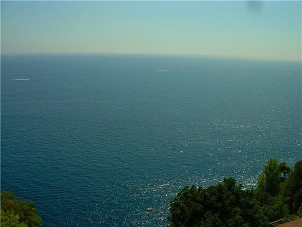 и еще кусочек лазурного моря
