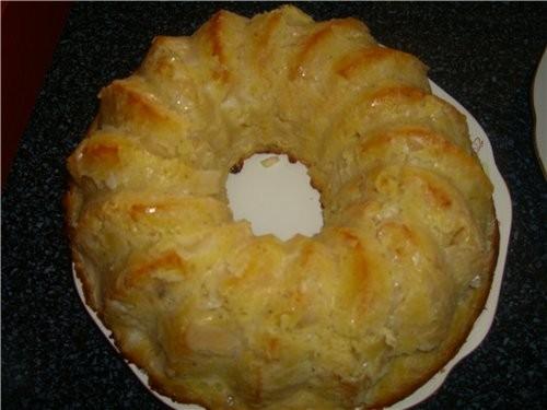 Капустный пирог 1 кг капусты нашинковать и перетереть с солью - 2