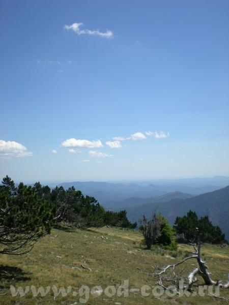 А вот вам немного наших пейзажей, это в воскресенье мы ездили на пикник на Монт Эгуаль (Mont Aigoua...