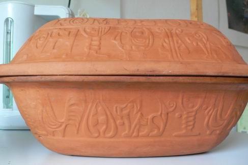 Вот мой римский оригинальный : такой запросто на стол ставить можно Он и есть из чистой глины, толь...