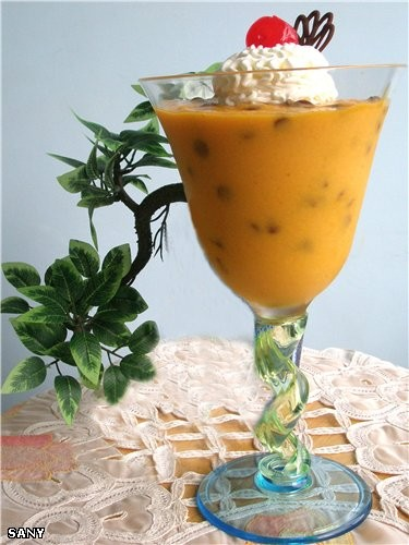 ДЕСЕРТ ИЗ МАНГО Для крема: 3-4 больших спелых манго 1 банка (400г) сгущенного молока 2 ч