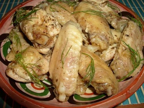 КРЫЛЫШКИ ТУШЕННЫЕ В СОБСТВЕННОМ СОКУ Таким образом можно приготовить и куриные ножки