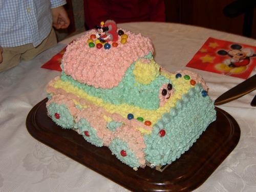 Девочки, торты у вас у всех очень краСивые и наверно, очень вкусные