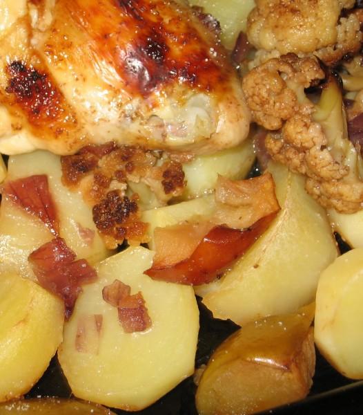 Курица с цветной капустой и сливами - 2