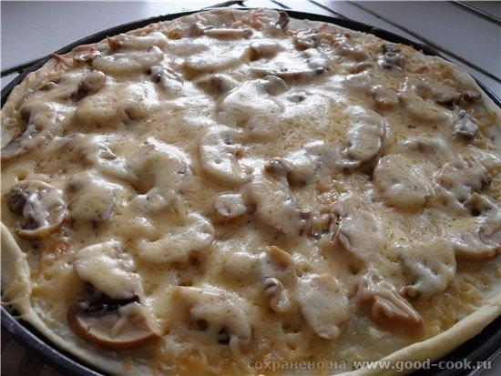 Вчера разошлась я и пиццы напекла, от души так Тесто для пиццы я всегда делаю одно и то же, т