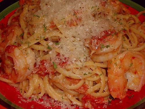 Лингвини с креветками и помидорами источник фото и рецепта:la mia cusina 500г лингвини 500 г кревет...
