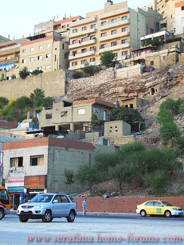вот пару кадрикоФ из Аммана (выбирать не приходилось, шо видела по дороге, то и ШШолкала (что успев... - 3