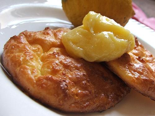 вот такой сегодняшний завтрак - большооой бутерброд с гриленой курицей и еще сделала сырнички из ри... - 2