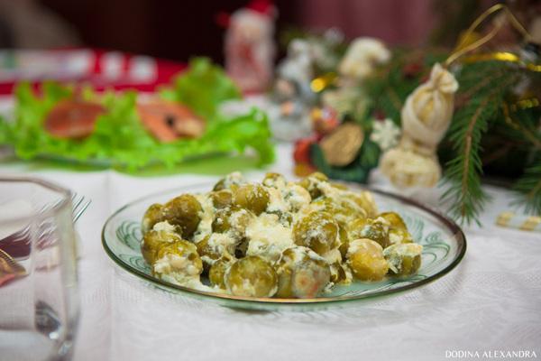 Брюссельская капуста, запеченная с сыром