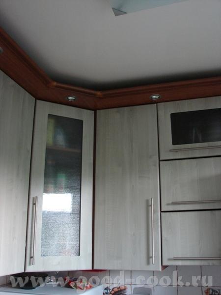 Окно, на подоконнике - чайник - 4