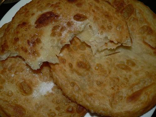 Очень часто рано утром на завтрак в Таджикистане мы делаем слоённые лепёшки- , вкусныеееее, мягкие,...