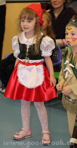 Свой вариант костюма На елке в детском центре На елке в театре Огниво (с женихами ) Завтра еще в са... - 2