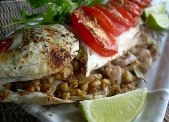 Для этого рецепта подходит любая рыба (не костлявая)-карп, кефаль, судак, тилапия, дорада - 4