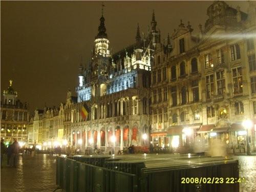 и ещё несколько фото ночного Брюсселя это главная площадь - 2