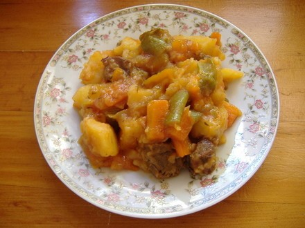 Пролетна супа капуста-нашинковать лук-порей мелко порезать чеснок-выдавить через чесночницу морковь... - 4