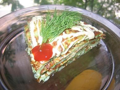 красота ну просто с радостью сюда захожу,а это мой диетический ужин пирог из кабачка