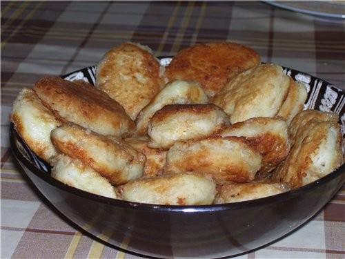 Вечером быстренько приготовила картофельные пирожки