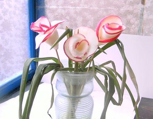 """Почти как в песне """"Розовые розы"""