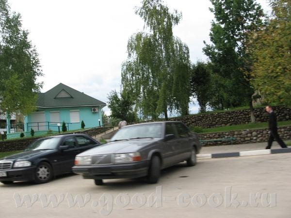 В лес мы едем через городок Логойск, 30 км от Минска