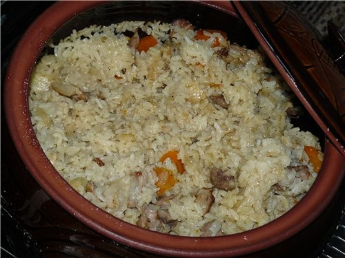 На днях делала рис в духовке в горшке(подареный мне в Болгарии)