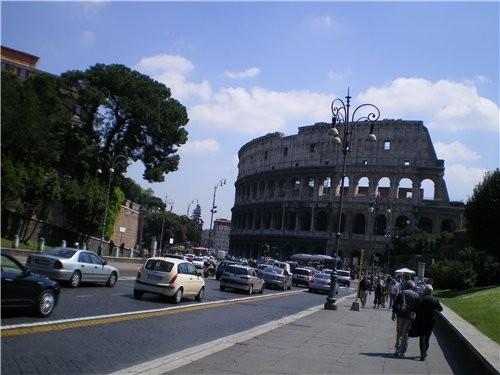 Так,Начало нашей экскурсии это конечно же Колизей